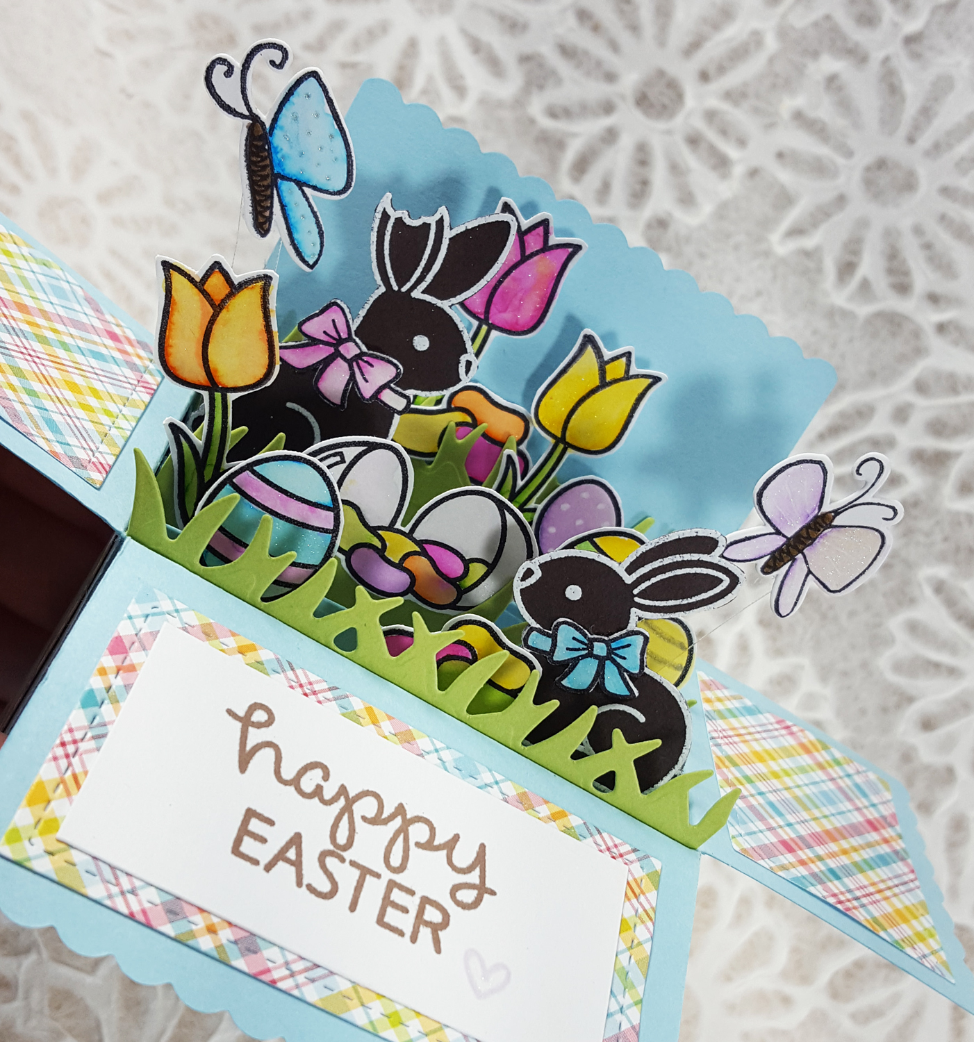Lawn Fawn Easter Basket Scalloped Pop-Up Card Box - Detail