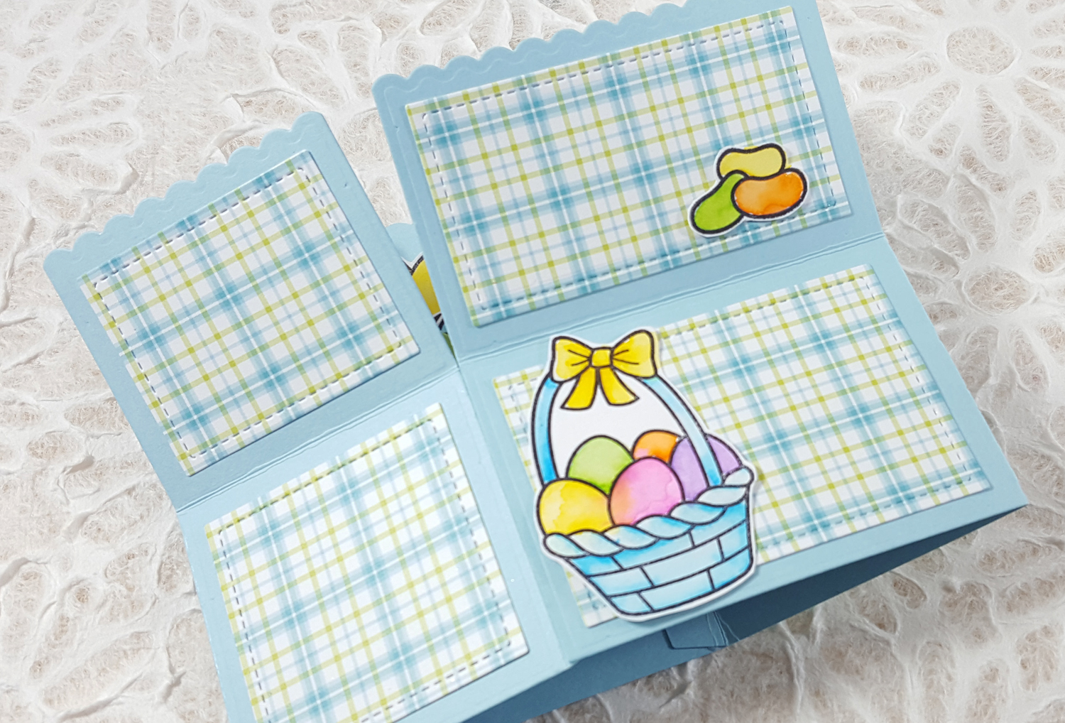 Lawn Fawn Easter Basket Scalloped Pop-Up Card Box - Outside